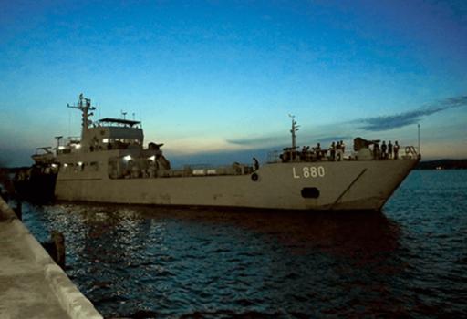 SLNS Shakthi heads to India for Sri Lankan medical oxygen shipment